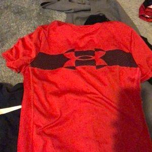 Boys underarmour shirt